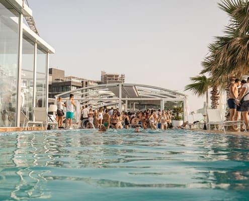 Hugo's Hotels Infinity Pool